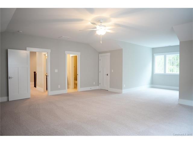 3-Panel Shaker Door in Bedroom